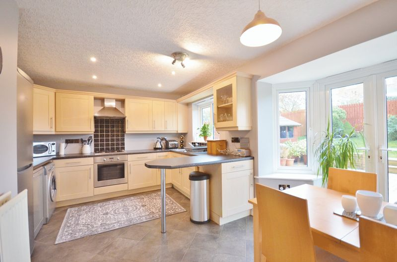 4 Bedrooms Detached House for sale in Spruce Grove, Whitehaven