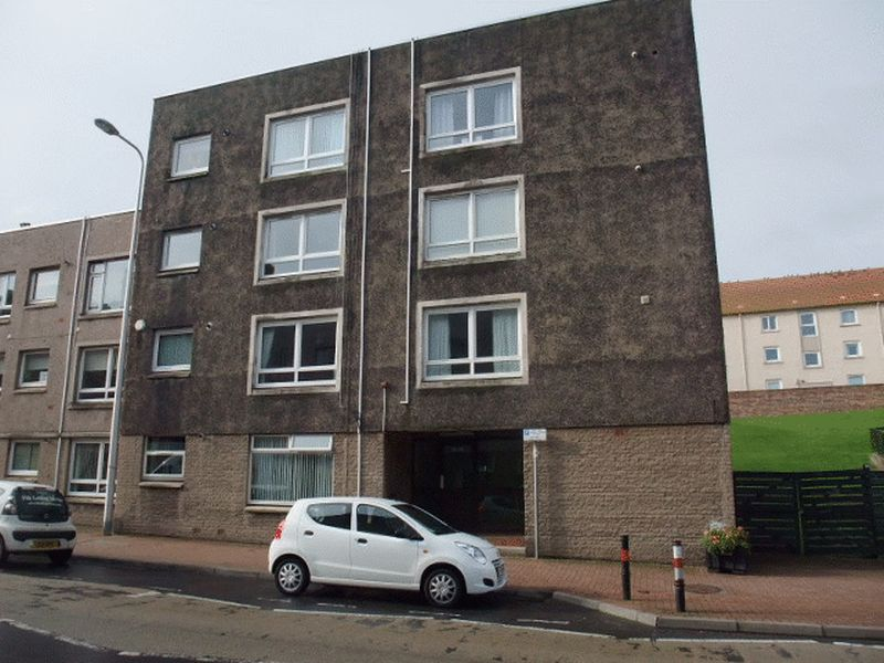 2 Bedrooms Flat for sale in High Street, Burntisland