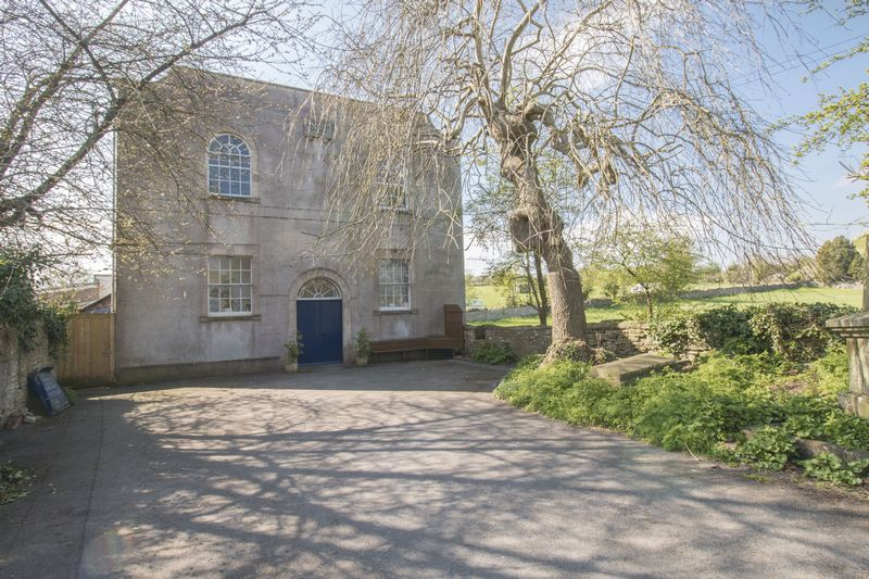 3 Bedrooms Detached House for sale in Upper Bristol Road, Clutton