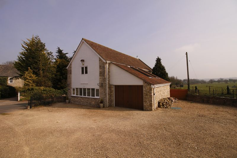 3 Bedrooms Detached House for sale in Priston Lane, Marksbury