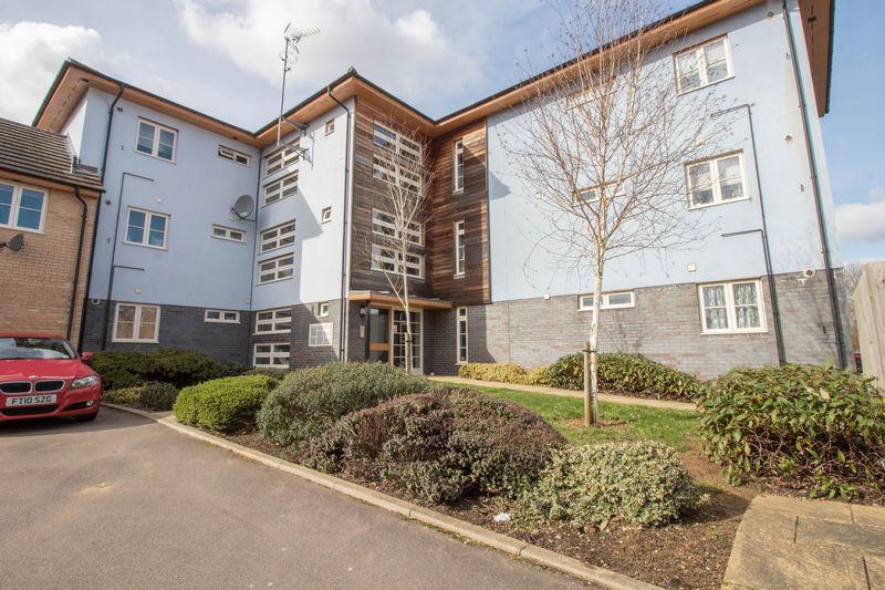 2 Bedrooms Flat for sale in Flexerne Crescent, Ashland, Milton Keynes