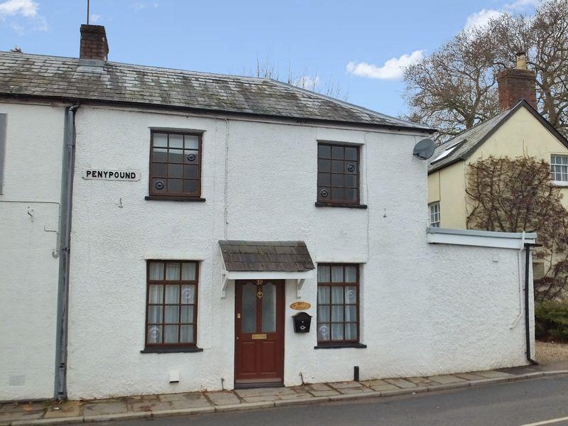 Deri Cottage, 32 Pen Y Pound, Abergavenn...