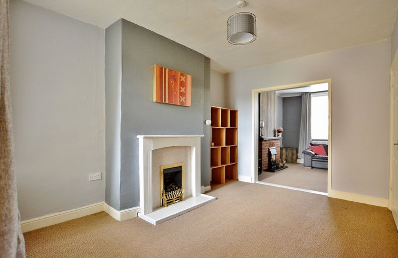 2 Bedrooms Property for sale in Birks Road, Cleator Moor
