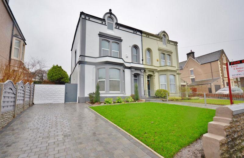 6 Bedrooms Property for sale in Banklands, Workington