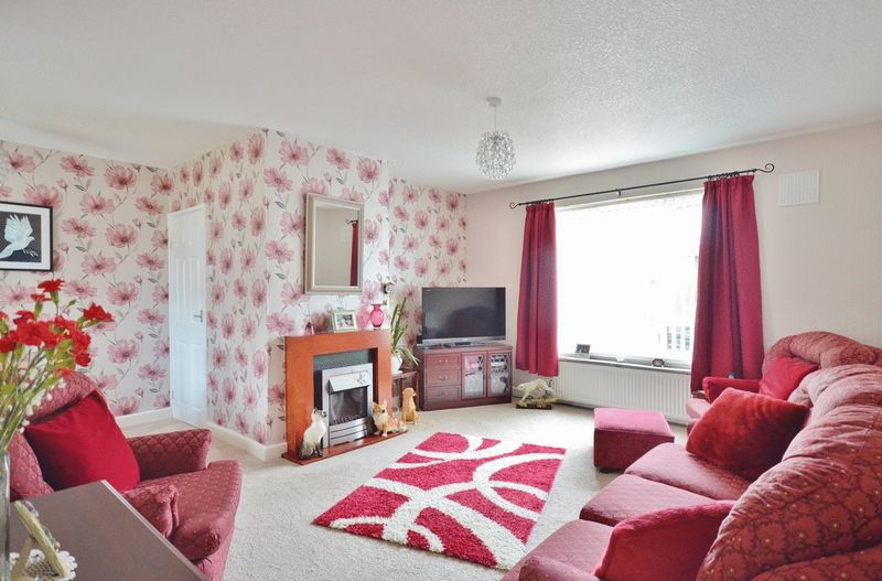 3 Bedrooms Property for sale in Kinniside Avenue, Whitehaven