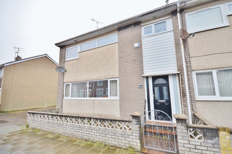 3 Bedrooms Property for sale in Cumberland Street, Workington