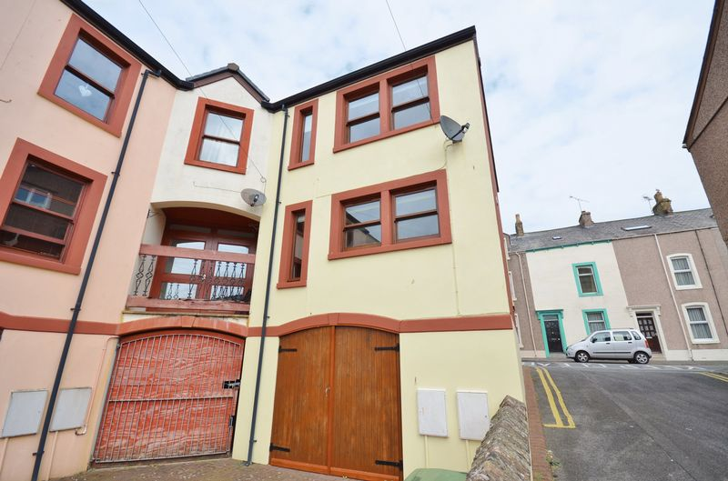 2 Bedrooms Property for sale in Fleming Street, Maryport