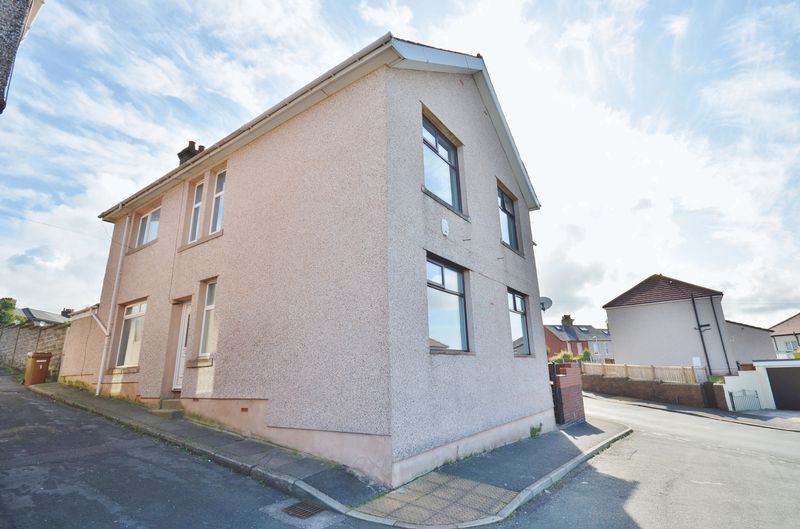 4 Bedrooms Property for sale in Countess Road, Whitehaven