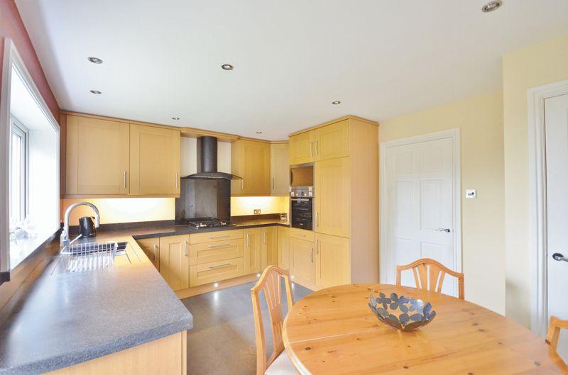 3 Bedrooms Property for sale in Sandringham Avenue, Whitehaven