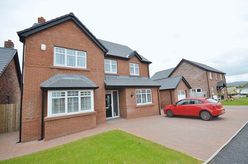 4 Bedrooms Property for sale in Keekle Meadows Road, Cleator Moor