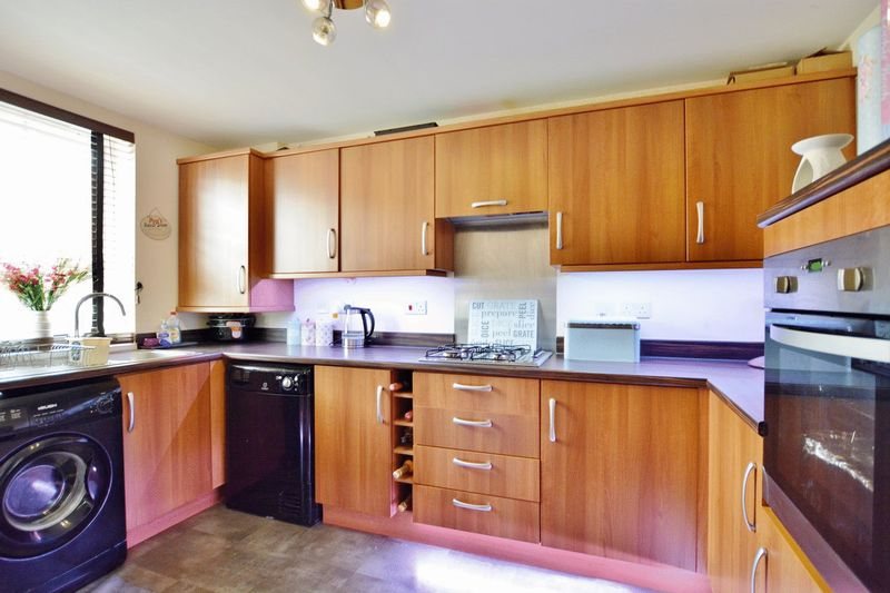 4 Bedrooms Property for sale in Weavers Avenue, Frizington