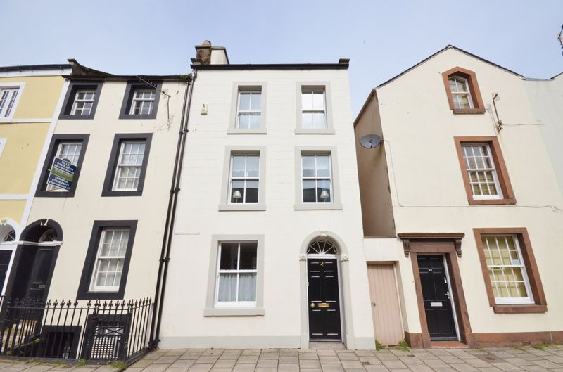 2 Bedrooms Property for sale in Scotch Street, Whitehaven