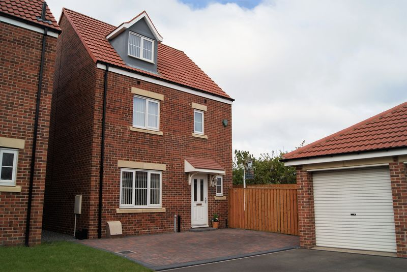 5 Bedrooms Detached House for sale in Capheaton Way, Seaton Delaval