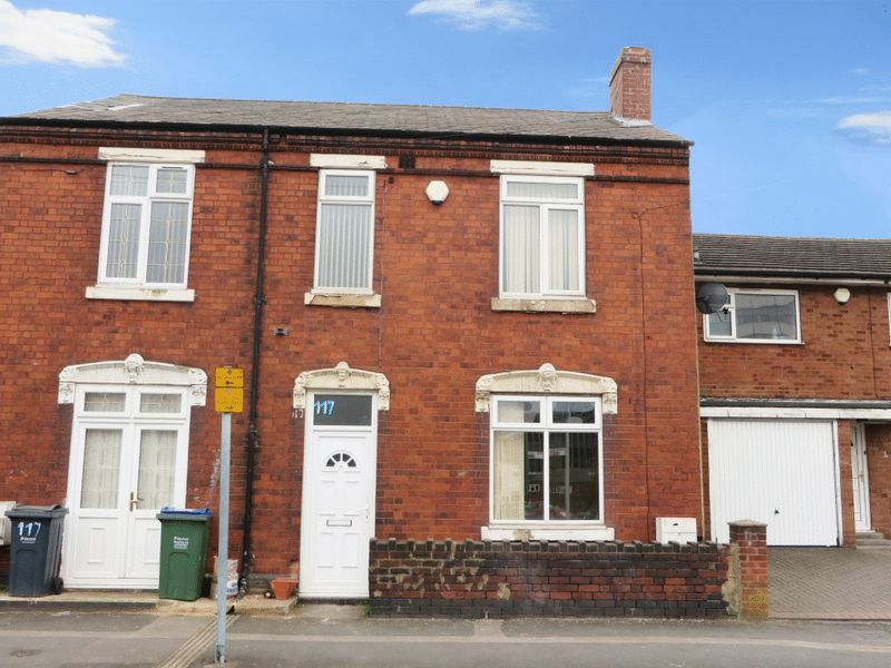 3 Bedrooms Semi Detached House for sale in Overend Street, West Bromwich