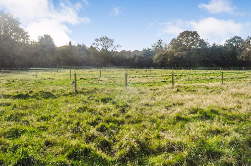Furnace Farm Road Felbridge