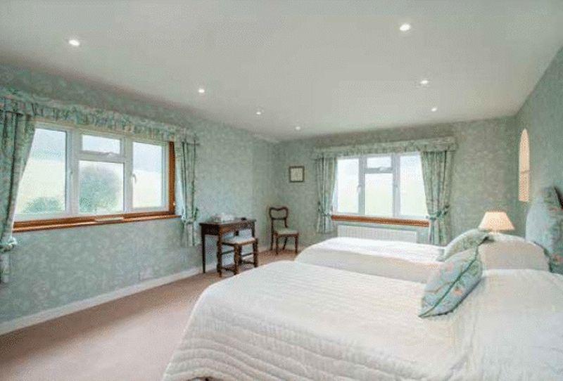 Lodkin Hill Hascombe