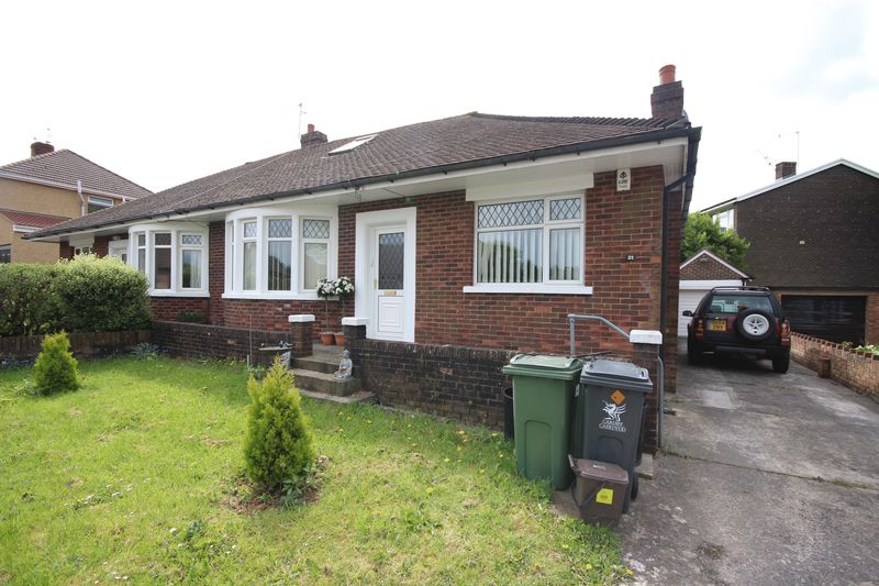 4 Bedrooms Semi Detached Bungalow for sale in Lynton Terrace, Rumney