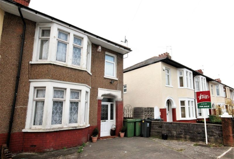 3 Bedrooms Semi Detached House for sale in Finchley Road, Fairwater