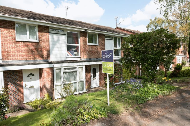 3 Bedrooms Terraced House for sale in Lordswood, Southampton
