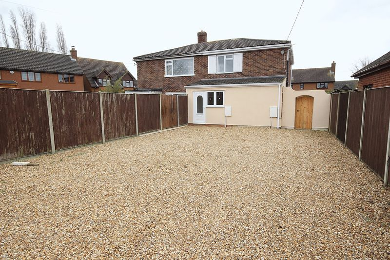 3 Bedrooms Semi Detached House for sale in Bedford Road, Cranfield