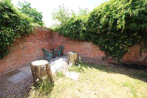 Osbourne Gardens Off Clark Street