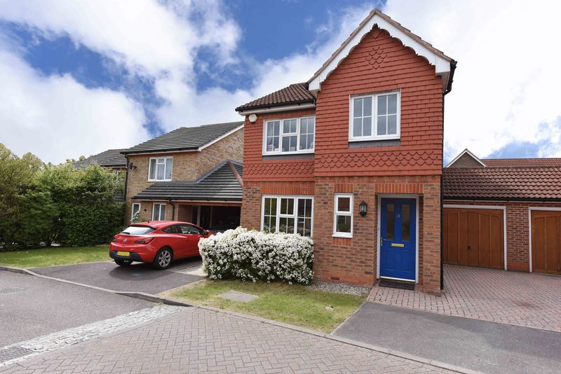 3 Bedrooms House for sale in Viewings available SATURDAY 29th April - Call to BOOK your time!