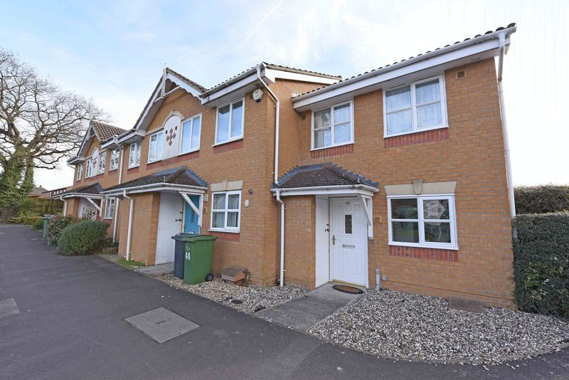2 Bedrooms Detached House for sale in Pound Lane Thatcham