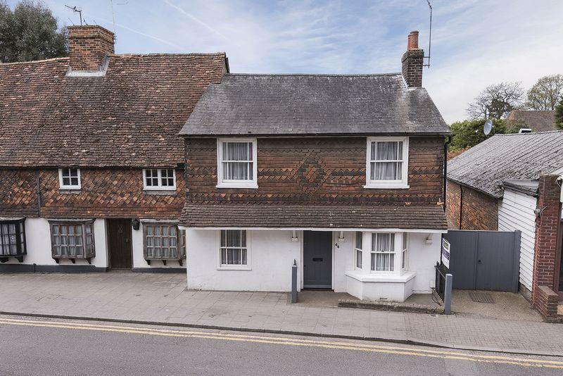 3 Bedrooms Semi Detached House for sale in High Street, Edenbridge