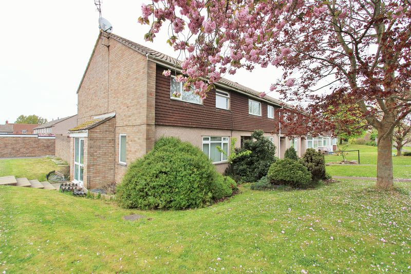 3 Bedrooms Terraced House for sale in Hamble Close, Thornbury