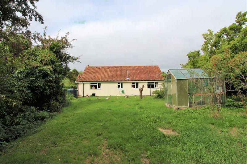 Camp Road Oldbury-On-Severn