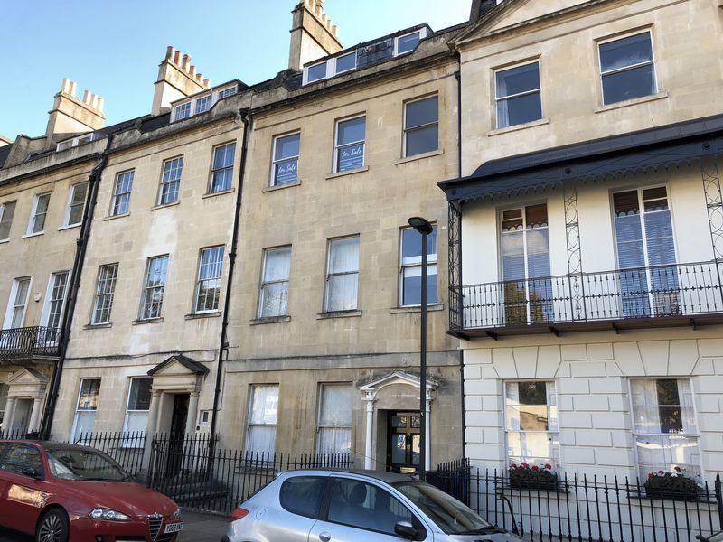17 Kensington Place