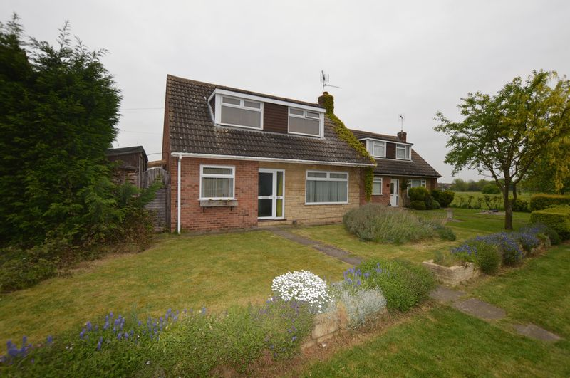 4 Bedrooms Detached House for sale in Elter Walk, Peterborough