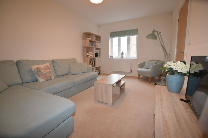 3 Bedrooms Terraced House for sale in Towgood Close, Peterborough