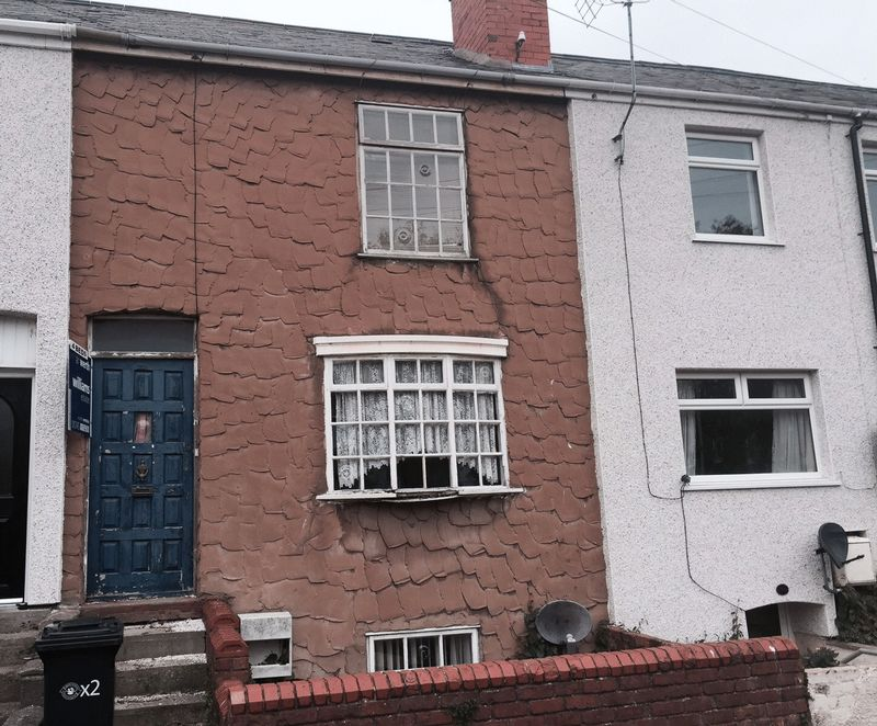 4 Bedrooms Terraced House for sale in Prestatyn, Denbighshire. For Sale By Auction 8th June 2017 Subject to Auction Terms & Conditions