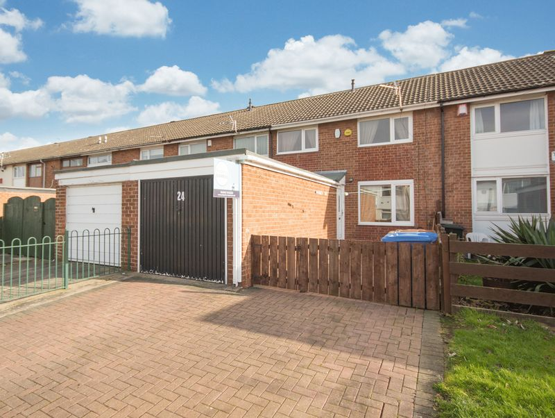2 Bedrooms Terraced House for sale in Tawney Road, Eston, Middlesbrough, TS6 9RS