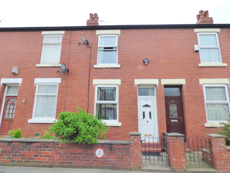 2 Bedrooms Terraced House for sale in Thornley Lane North, Stockport