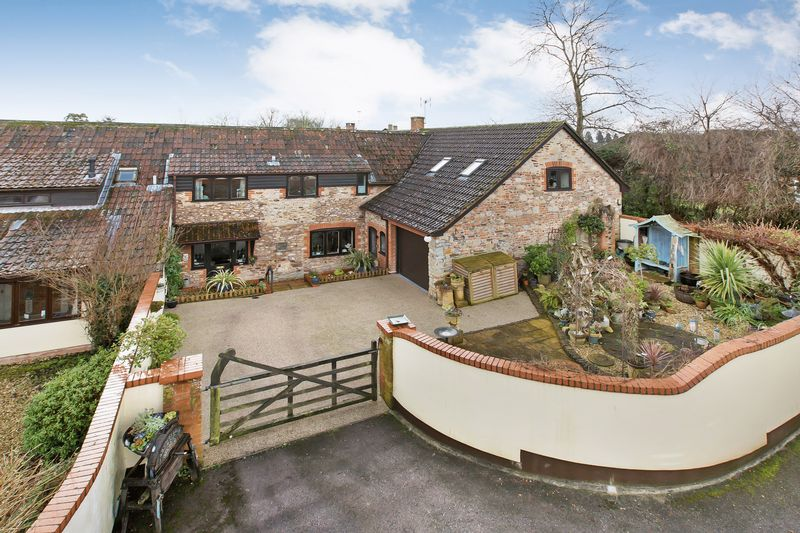 3 Bedrooms House for sale in SHERFORD VILLAGE