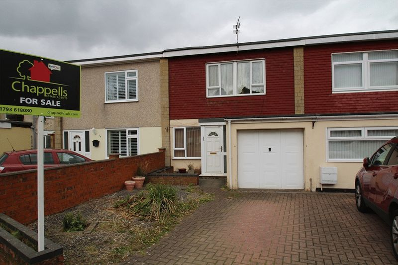 3 Bedrooms Terraced House for sale in Mannington Park, Rodbourne, Swindon