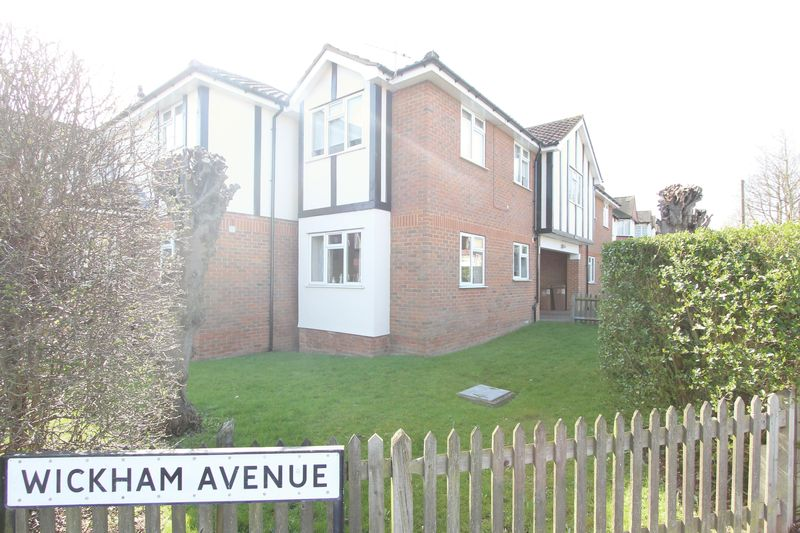 2 Bedrooms Flat for sale in 2 Wickham Avenue, Cheam