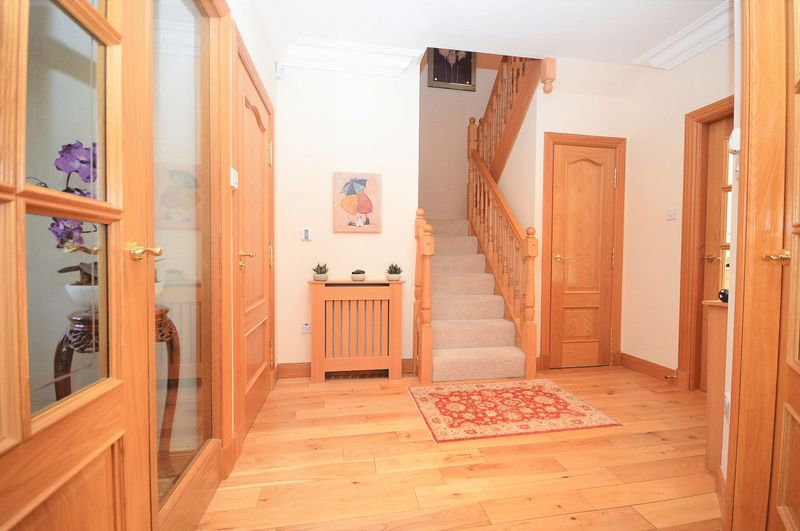 5 Bedrooms Detached House for sale in Balgeddie Grove, Balgeddie, Glenrothes