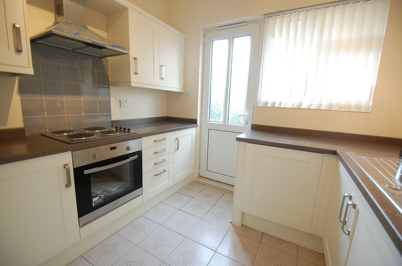 2 Bedrooms Semi Detached Bungalow for sale in Hemel Close, Thornaby, Stockton-On-Tees