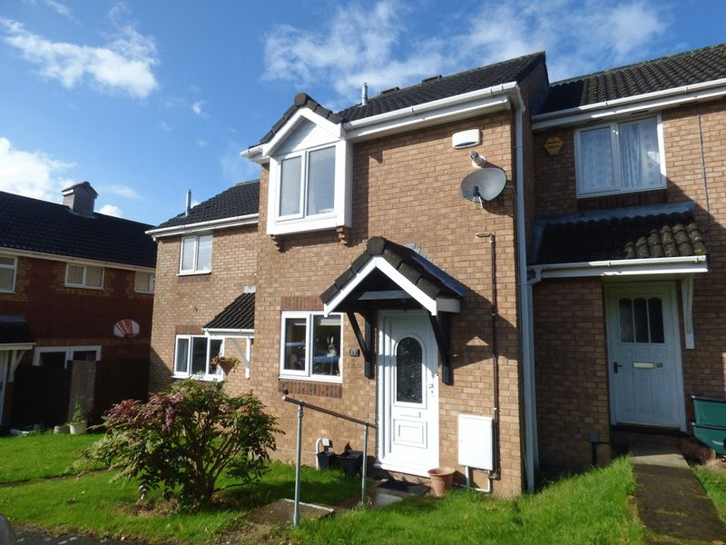 2 Bedrooms Terraced House for sale in Beckford Road, Gloucester