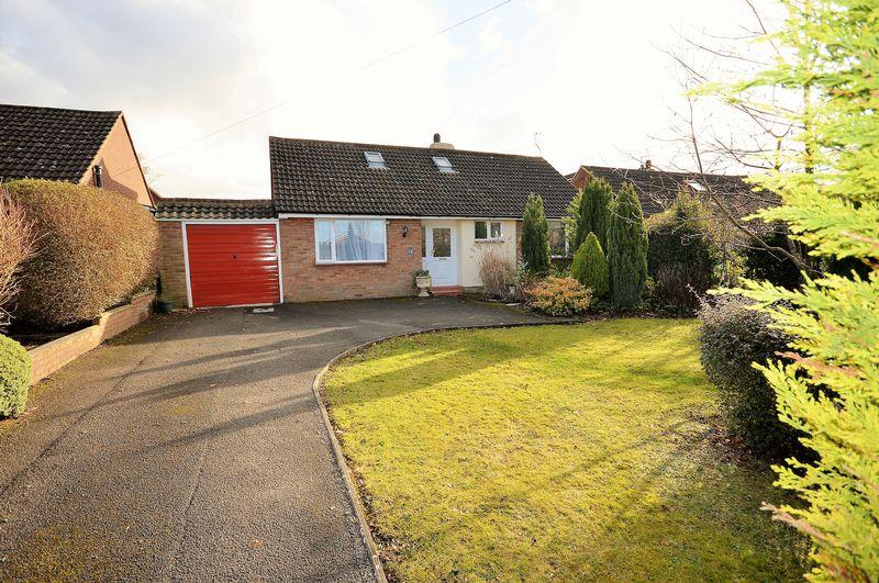 4 Bedrooms Detached Bungalow for sale in Princes Risborough