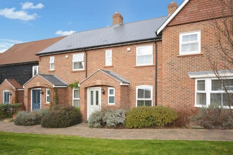 2 Bedrooms Terraced House for sale in Monks Risborough