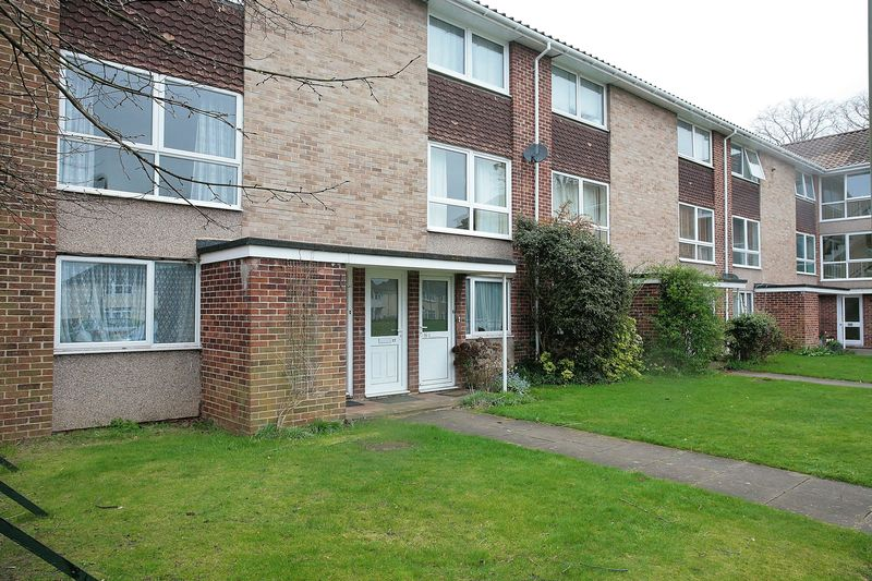 2 Bedrooms Flat for sale in Pulker Close, Oxford