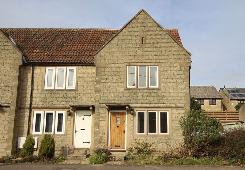 3 Bedrooms Terraced House for sale in Colerne, Wiltshire