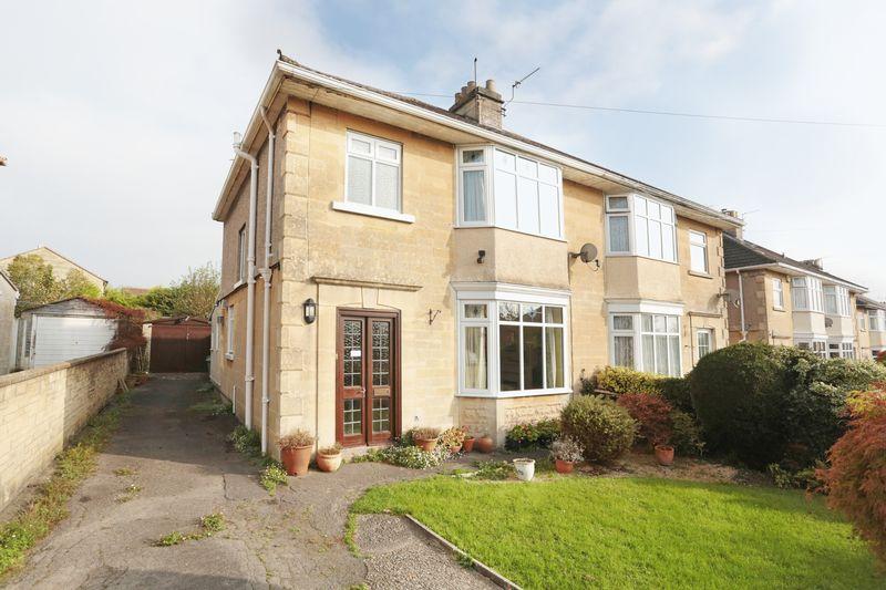 Property for sale in Penn Lea Road, Bath