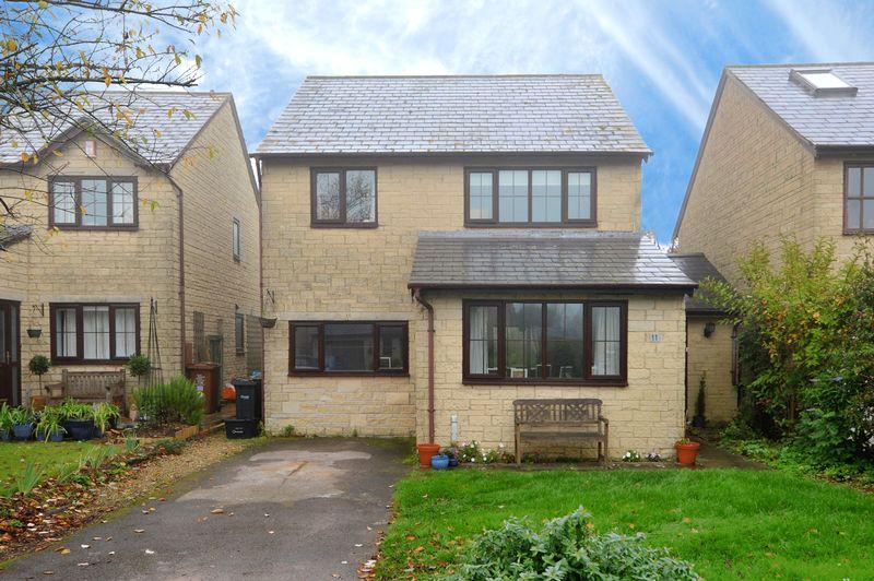 4 Bedrooms Property for sale in Nursery Road Colerne, Chippenham