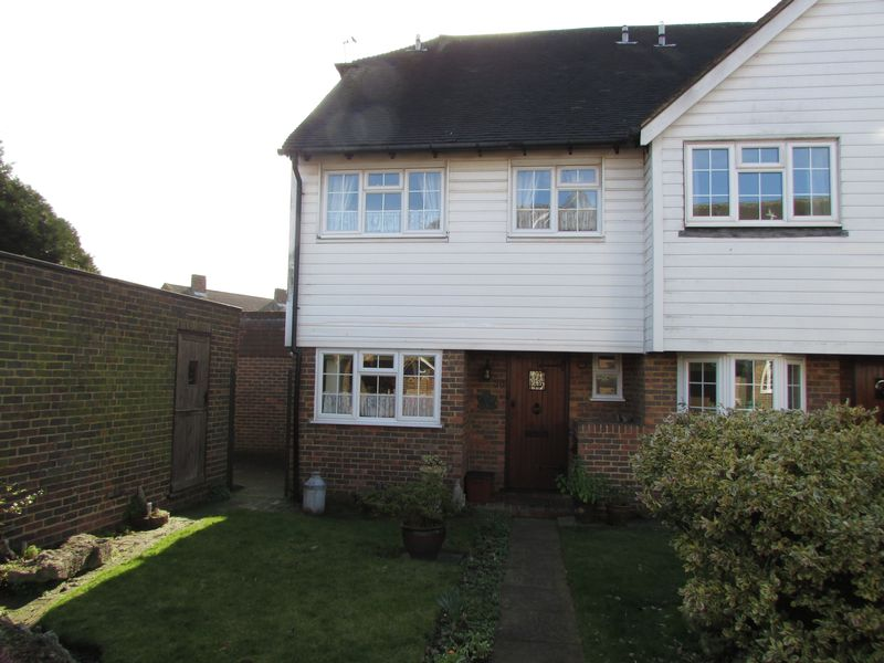 3 Bedrooms House for sale in Cottage Field Close, Sidcup