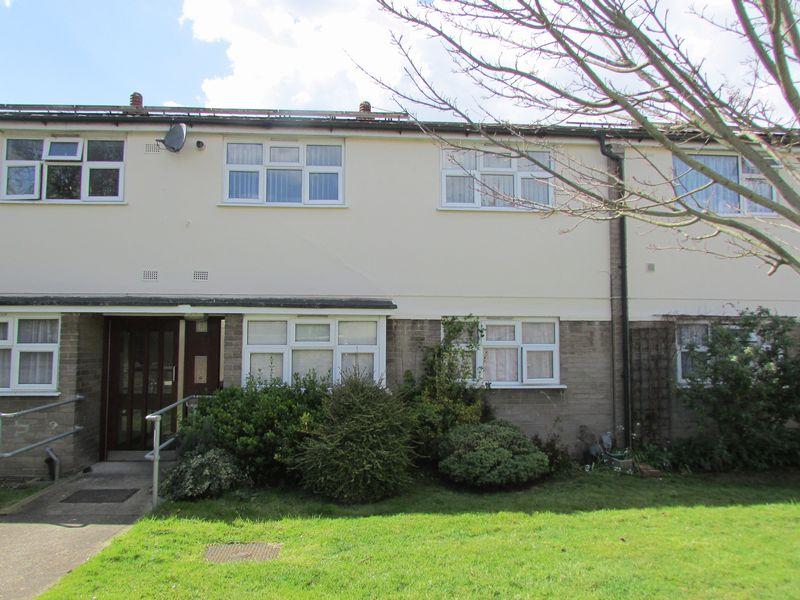 1 Bedroom Flat for sale in Shoreham Close, Bexley